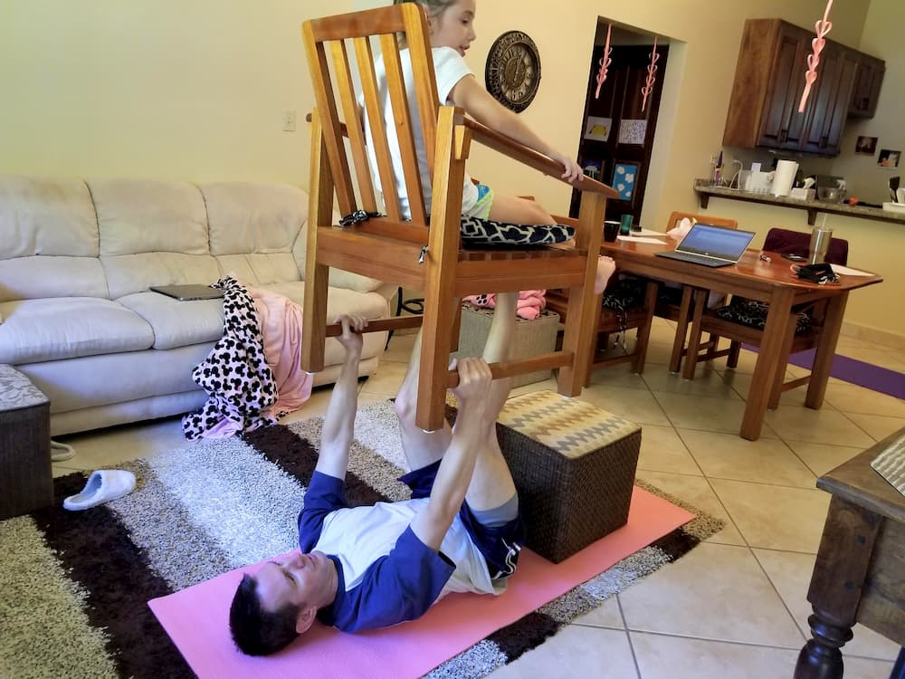 Home Workout - Daughter Leg Presses