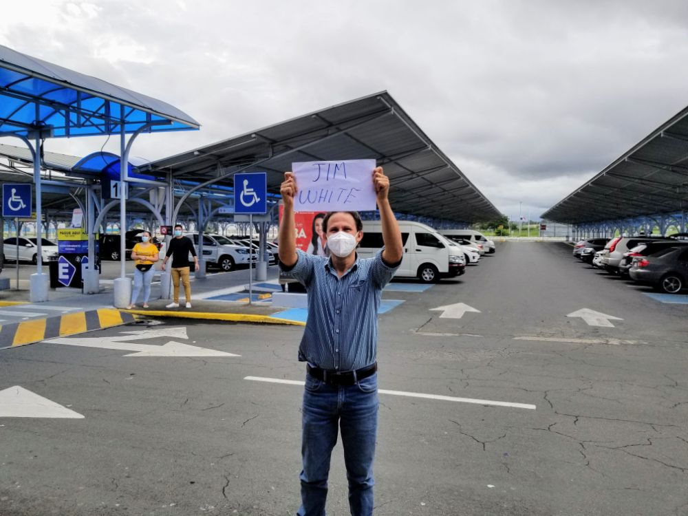 Our Trip to Panama – What to Expect As Borders Reopen - Luis with welcome sign
