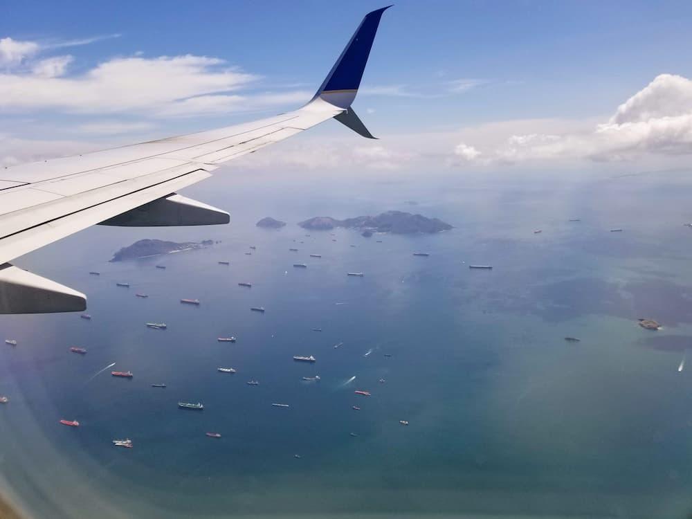 Plane Arriving in Panama