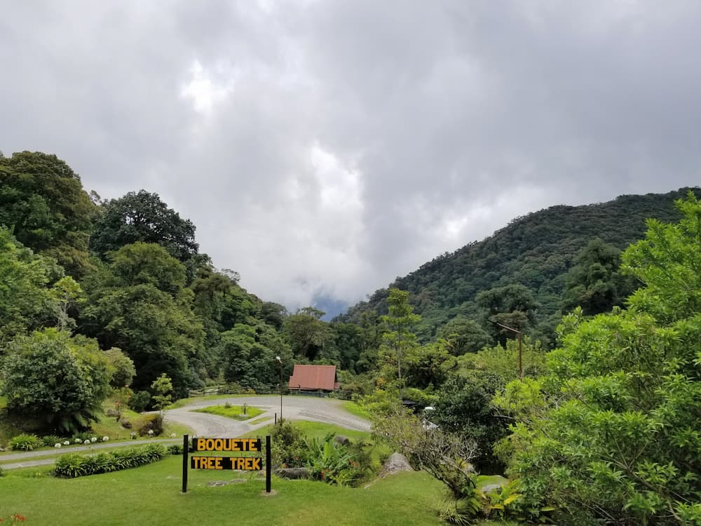 What I Did During My First Week Off in 6 Years! - Río Cristal Restaurant in Boquete Tree Trek