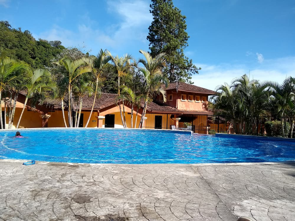 5 Things I Wish We Were Doing Again in Panama - Valle Escondido Outdoor Pool